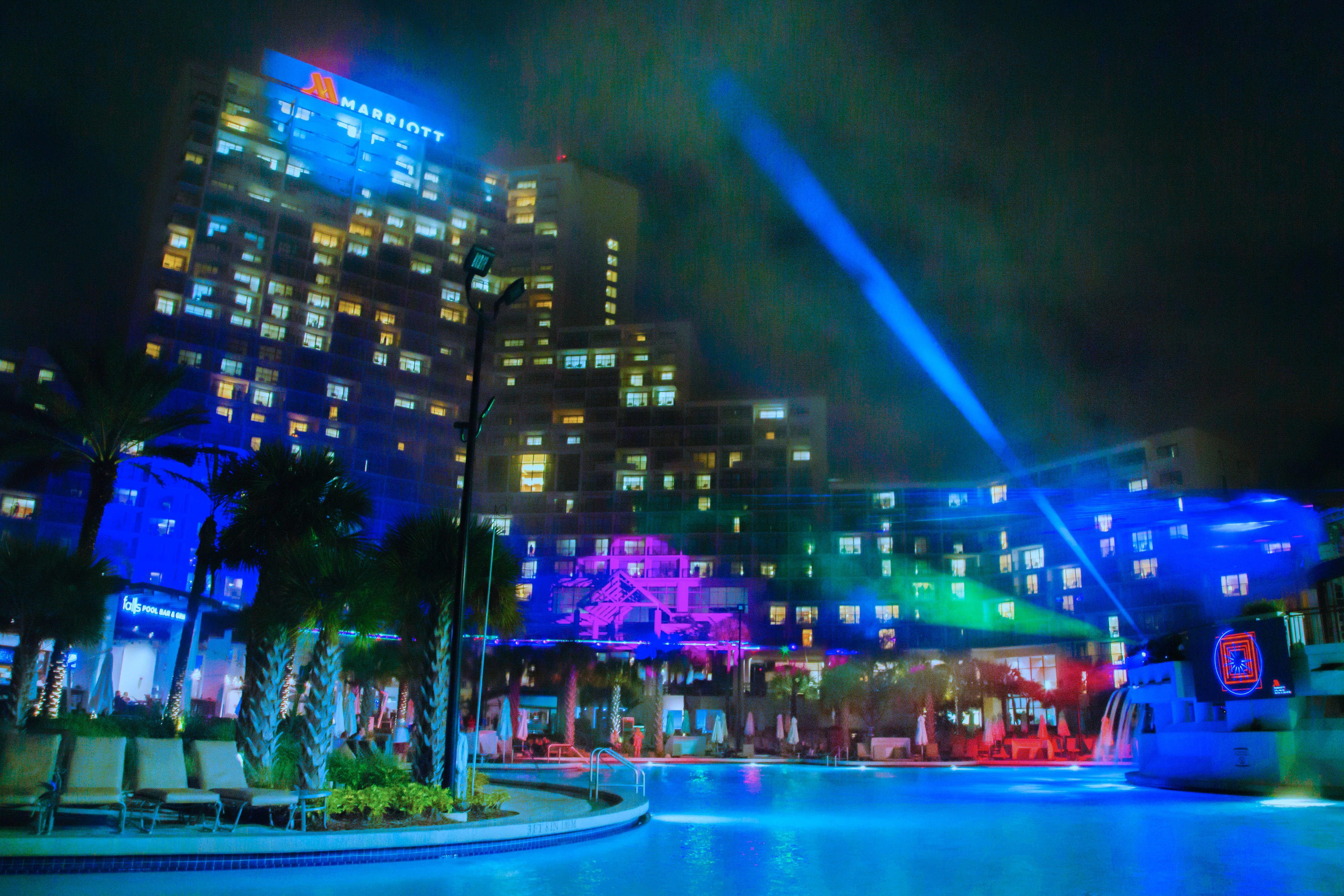 Orlando World Center Marriott Nightly Poolside Laser Light Show Beautiful Guestroom Guestroom Orlando Florida Hotels Florida Resorts Hotel