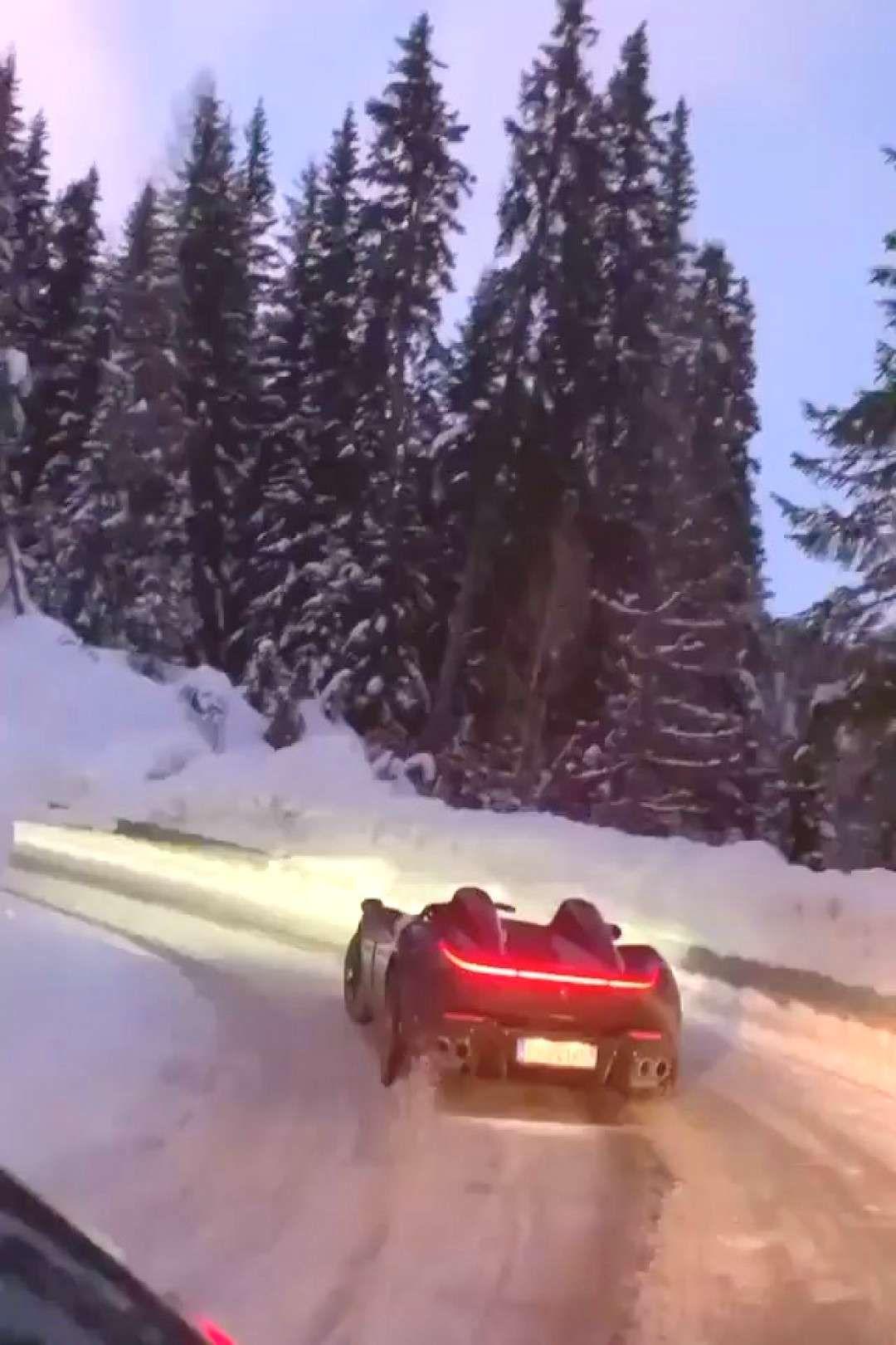 Ferrarif40 Drifting Driftcar Ferrari Modeli Hangi Bilen Drift Varm Nin Ferrari Nin Hangi Modeli Bilen Va In 2020 Ferrari F40 Dashing Through The Snow Ferrari