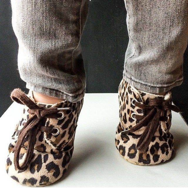 Baby Shoes : Leopard Print Crib Shoes