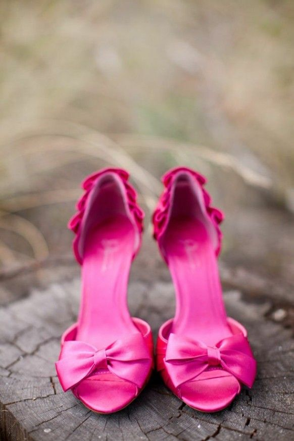0f1d78a54e48 Pink high heels with bows.. Love it!