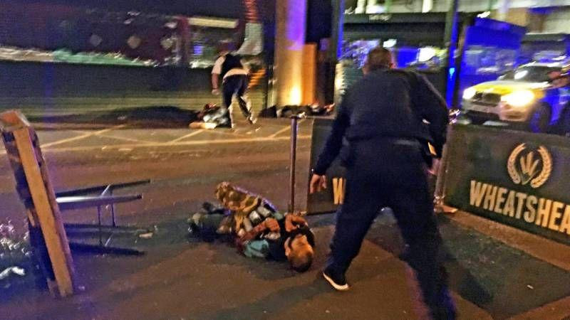 'Ongekend aantal kogels' maakte eind aan een kwartier chaos in Londen | NOS