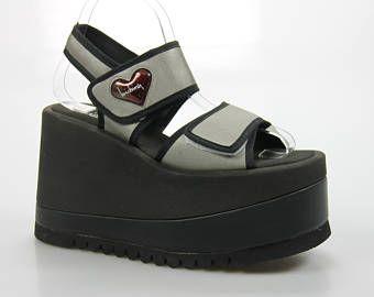 vintage Luichiny plateau Sandals size