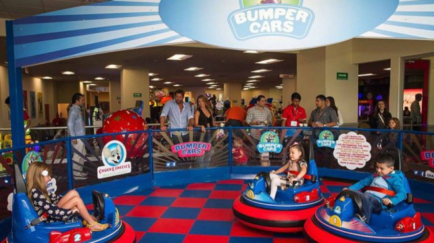 chuck e cheese s games spend the day having fun with your family