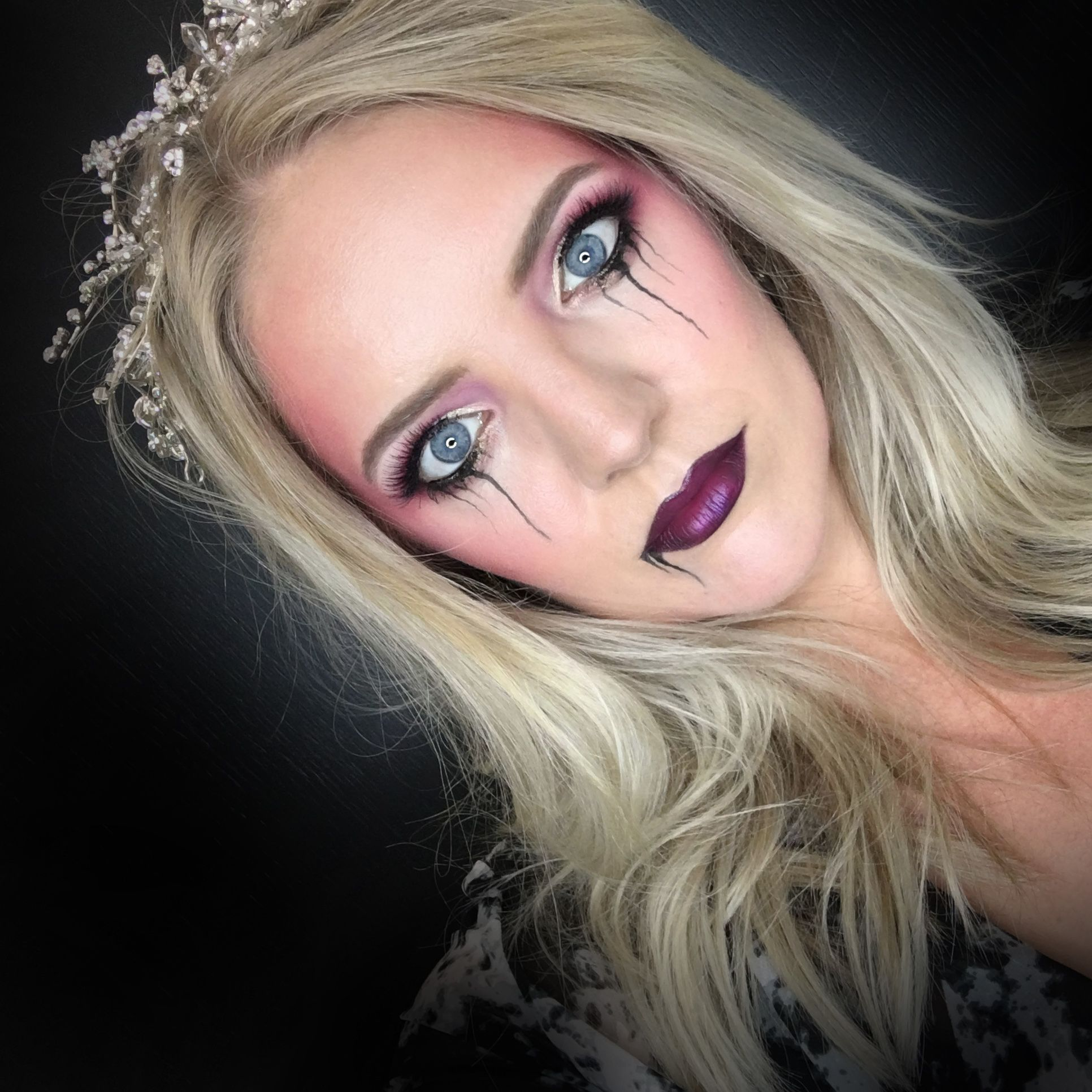 Halloween makeup, princess, scary, beauty pageant