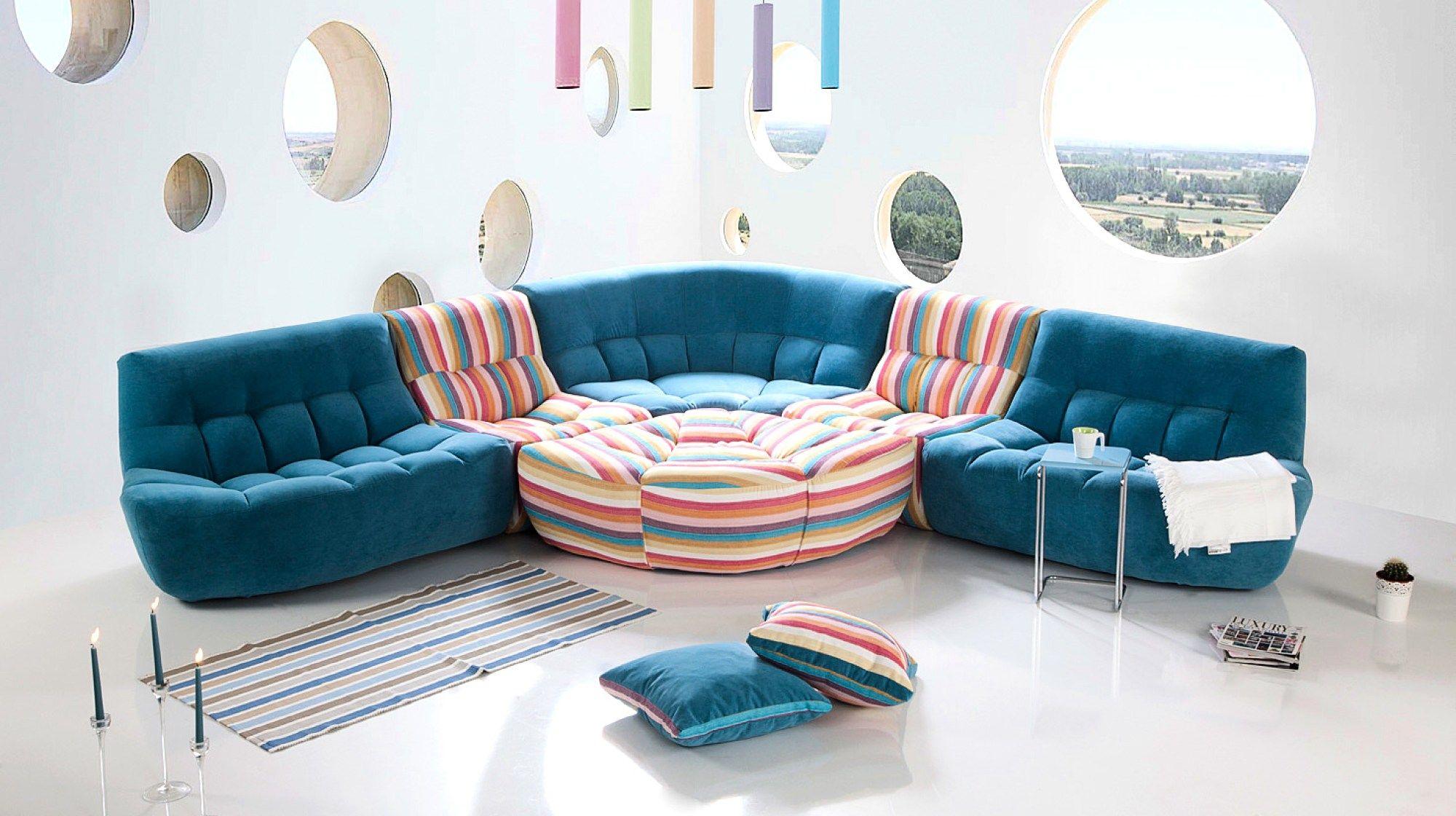 Sahane Mavi Renkli Ve Ozel Tasarima Sahip Kose Koltuk Modeli Salon Dekorasyonu Icin Bir Numarali Seciminiz O Mobilya Fikirleri Koltuklar Oturma Odasi Takimlari