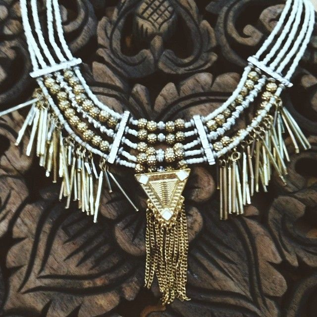 Living for this necklace right now. $39.