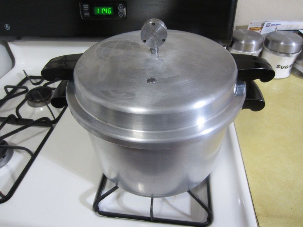 Vtg Mirro Pressure Cooker Canner 8 Qt M 0498 Rack 3 Pres Settings Works Perfect