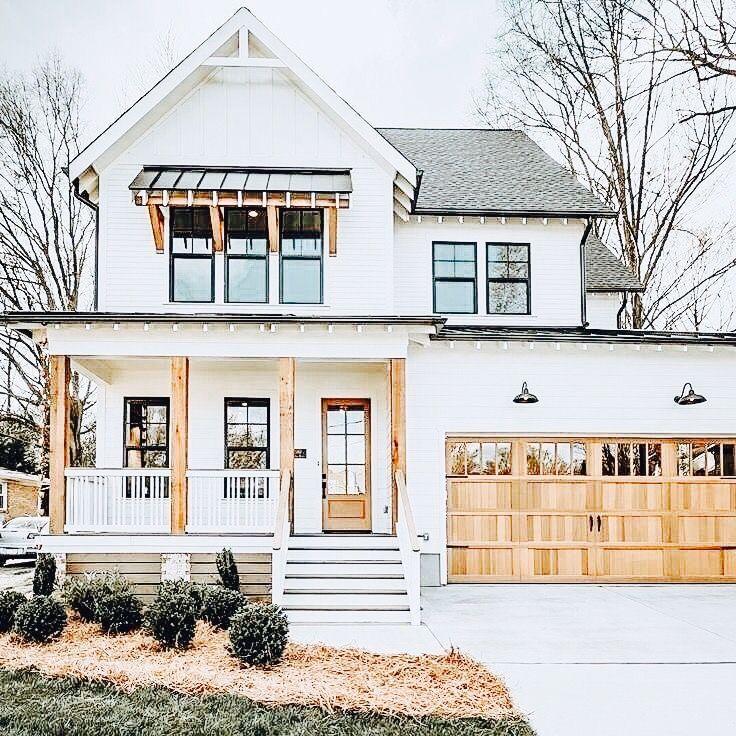 Photo of Farmhouse Porch Idead