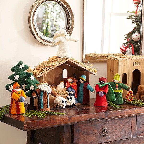 Wisteria Holiday Holiday Decor Trim A Home Handmade Felt Nativity Stable Set Of 12 Decoracao De Natal Decoracao Natal