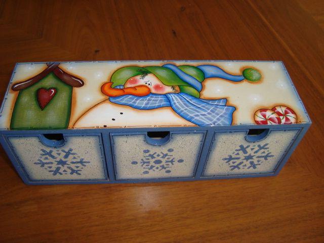 Caja de te con 3 cajones con mu eco de nieve dise os - Cajas con motivos navidenos ...