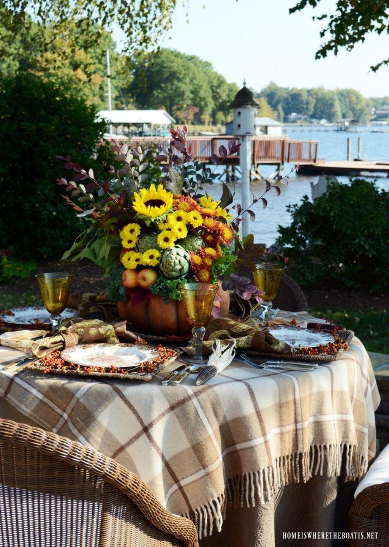 31 Wonderful Outdoor Thanksgiving Dinner Table Decor Ideas #thanksgivingdinnerta…