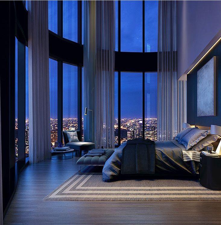 Beautiful Double Height Sheers In A High Rise Apartment Casas De Lujo Casas Modernas De Lujo Decoraciones De Dormitorio