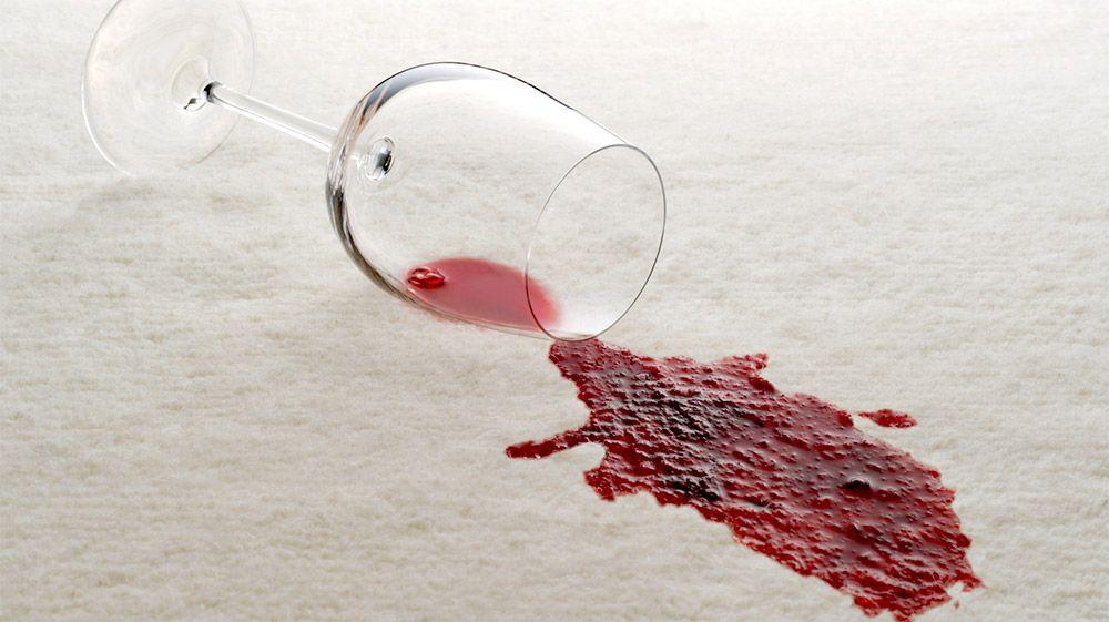 Comment enlever une tâche de vin sur canapé en tissu ...