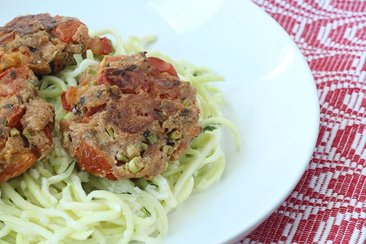 Meatless Monday: Tomatokeftedes (Tomato Balls) with Tzatziki Zucchini Pasta