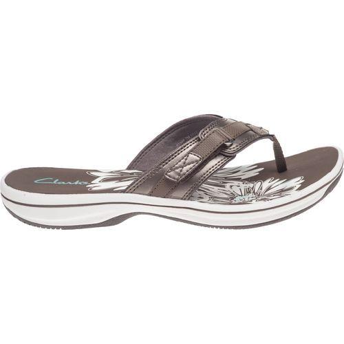 clarks brown flip flops