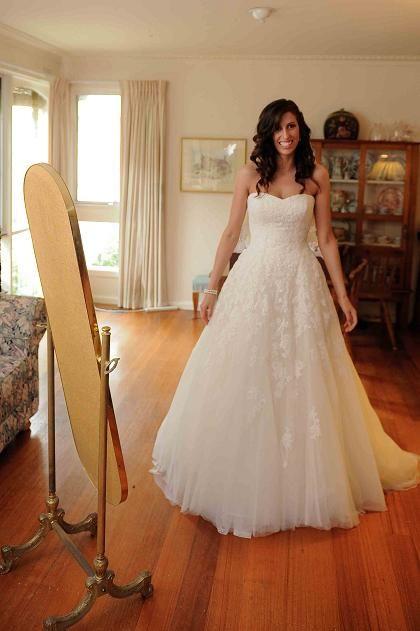 What A Pretty Bride In Her Alcanar