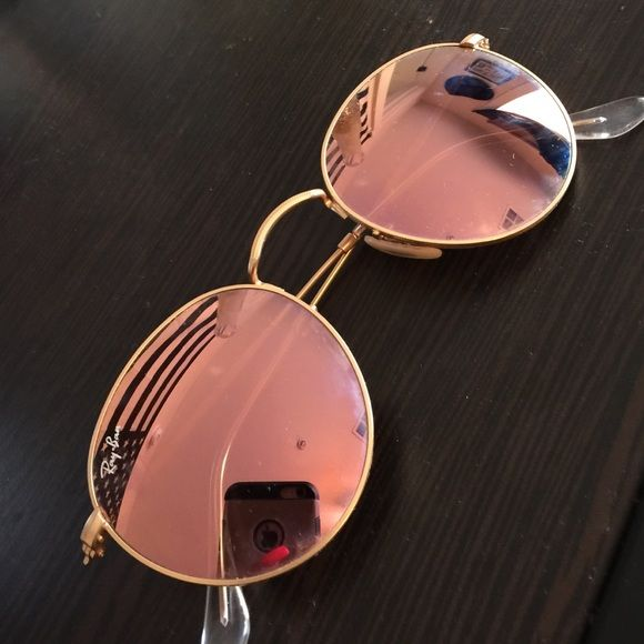 ray ban round rose gold aviator sunglasses gold aviator sunglasses gold aviators and lenses. Black Bedroom Furniture Sets. Home Design Ideas