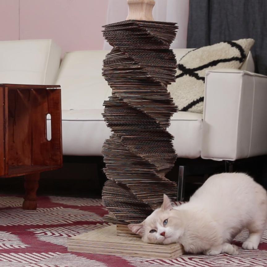 Photo of DIY Cat Scratch Post                                                            …