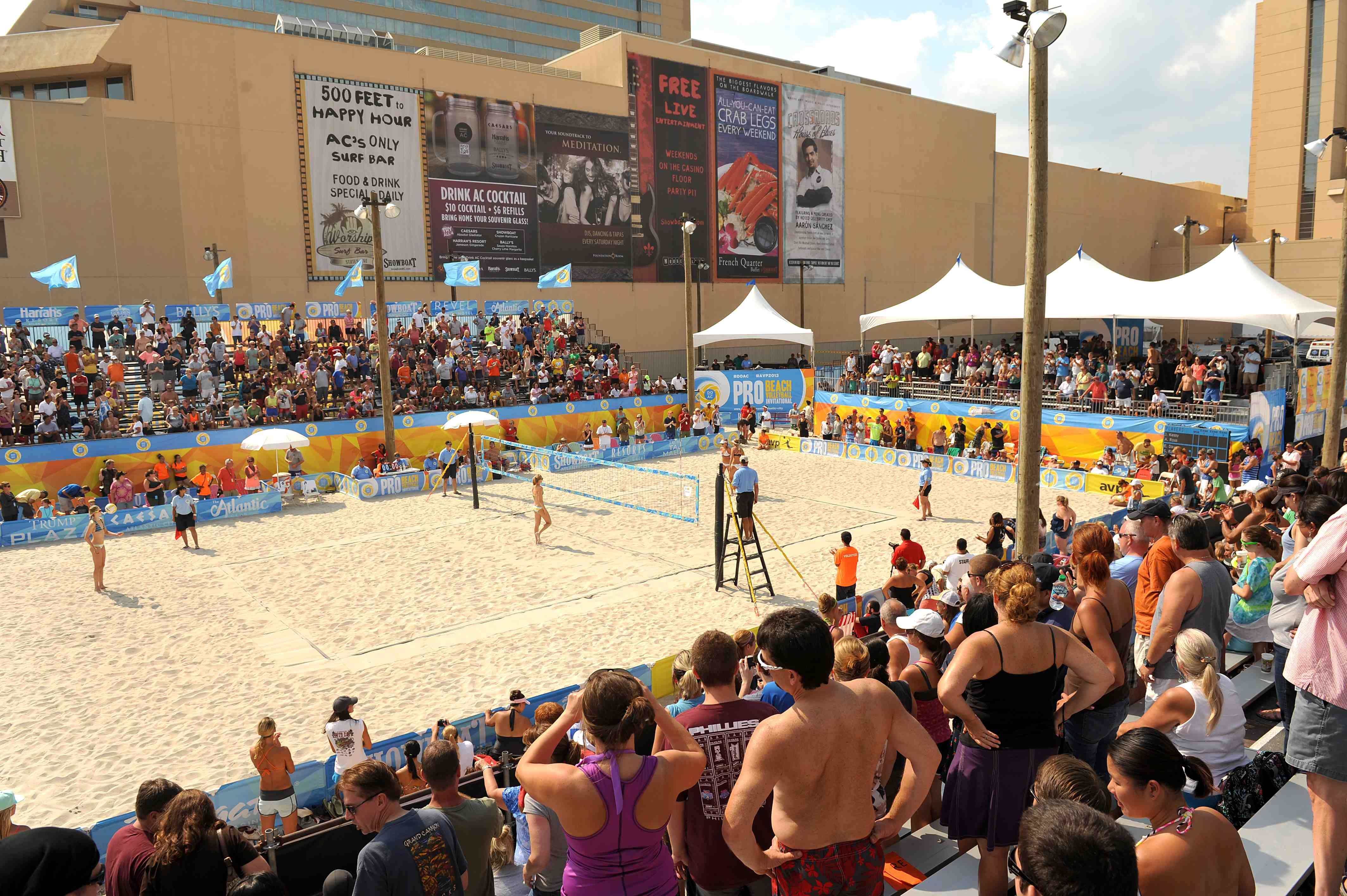 Volleyball Courts During Avp Tournament Beach Volleyball Volleyball Tournaments Volleyball