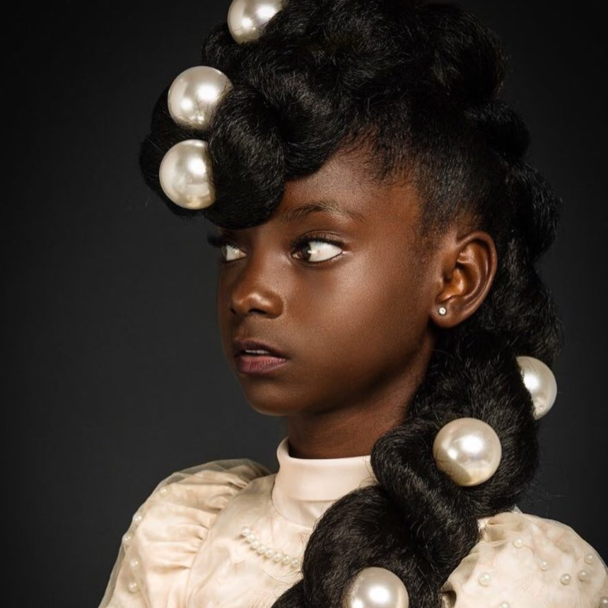 Blackgirlmagic This 11 Year Old Designer Made History At New York Fashion Week Natural Hair Styles African Hairstyles Afro American Hair