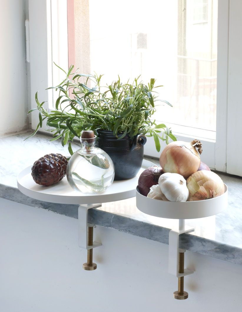 Interieur windowsill vensterbank styling interieur for Decoratie smalle vensterbank