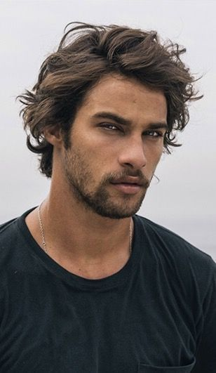 Luca Oliver Don T You Wear Short Or Long Hair In Any Event It S Fine Right Here Is The Message That P In 2020 Surfer Hair Medium Hair Styles Medium Length Hair