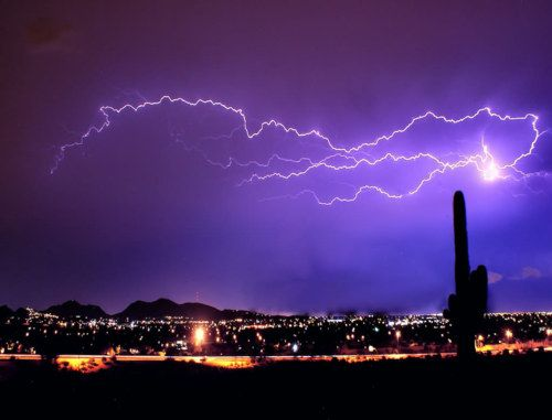 bizarre ball lightning remains a mystery lightning weather and storms