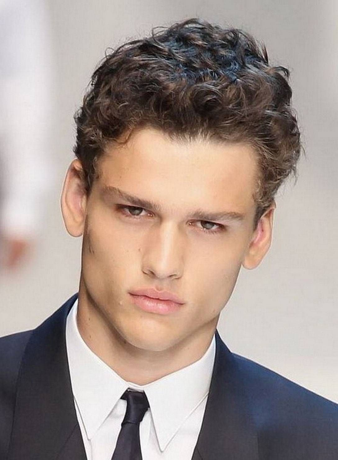 How To Style Thick Curly Hair For Guys Curly Hair Men Men S Curly Hairstyles Boy Hairstyles