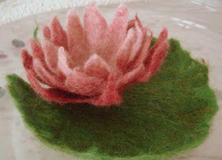 filz-hand-art: Seerose, Wasserrose, Zauberpflanze