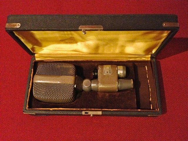 Akg D20 Dynmaic Moving Coil Cardioid Our Quot Go To Quot Kick