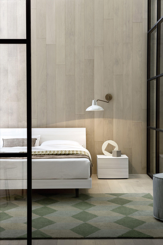 Einzelbett modern  Design Nachttisch Globe von Novamobili aus Italien. #nachttisch ...
