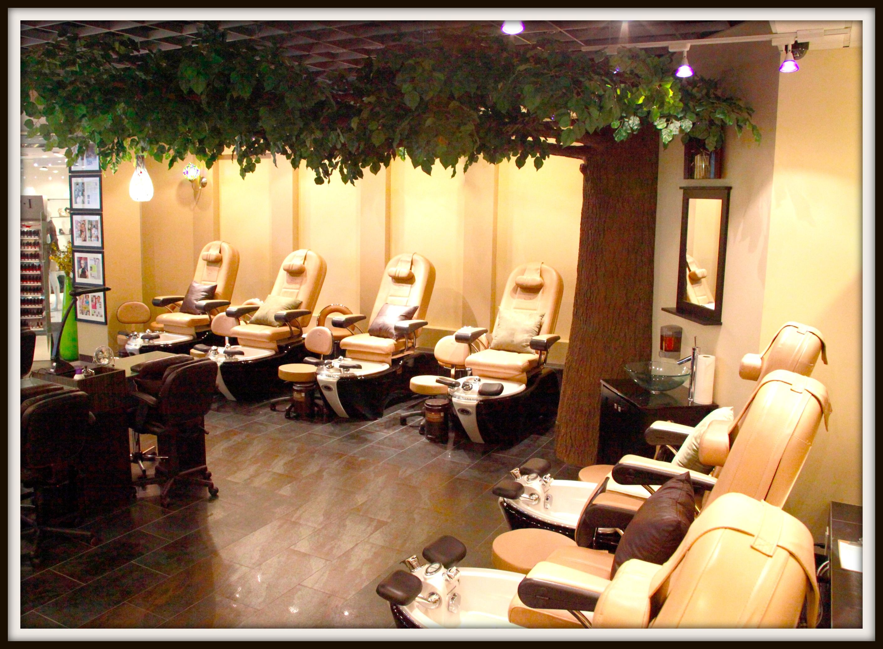 download contemporary nail salon ideas on original size above 525