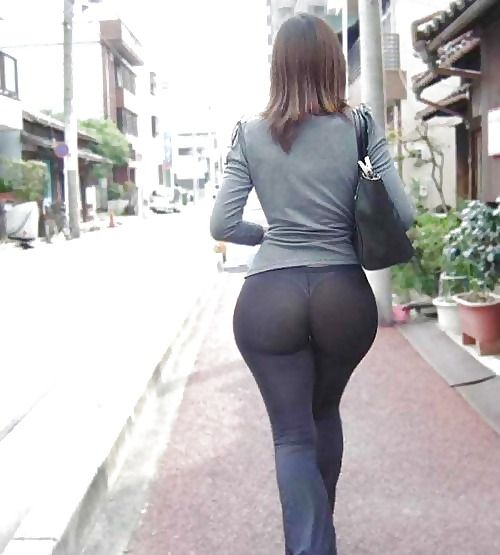 See through Leggings as Pants | See through Yoga Pants - Cosmo ...