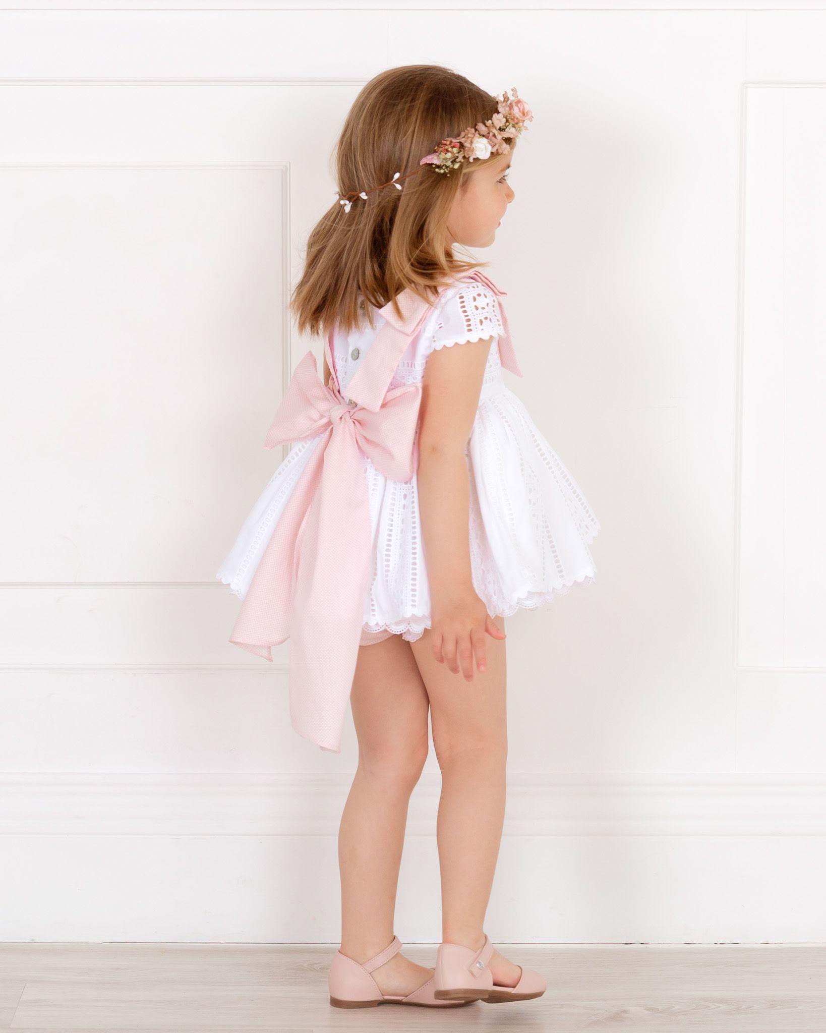 dd3f4b35b Jesusito para niña de la colección Algodón formado por vestido de algodón perforado  de color blanco