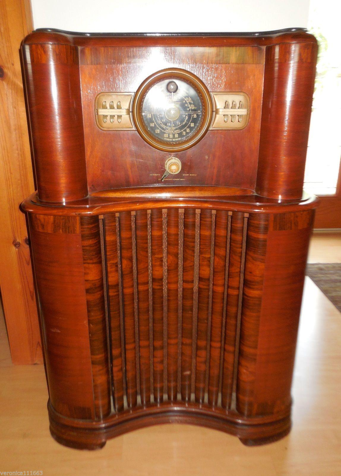 Genuine Zenith Console Radio Vintage 1940 Floor Model 8 S