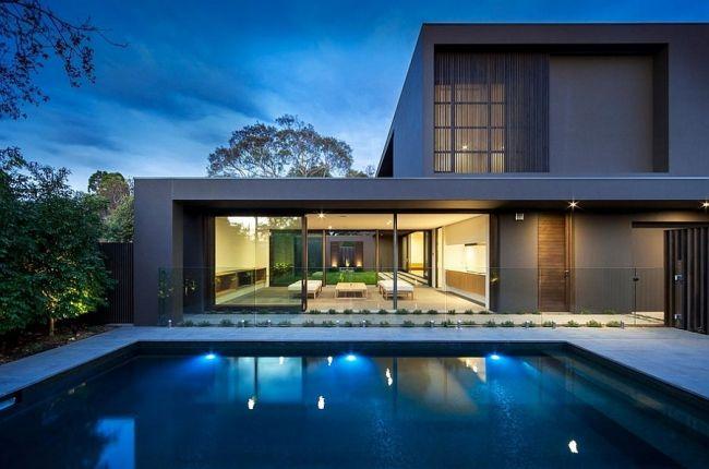 Maison minimaliste à façade grise | Exterior and Architecture