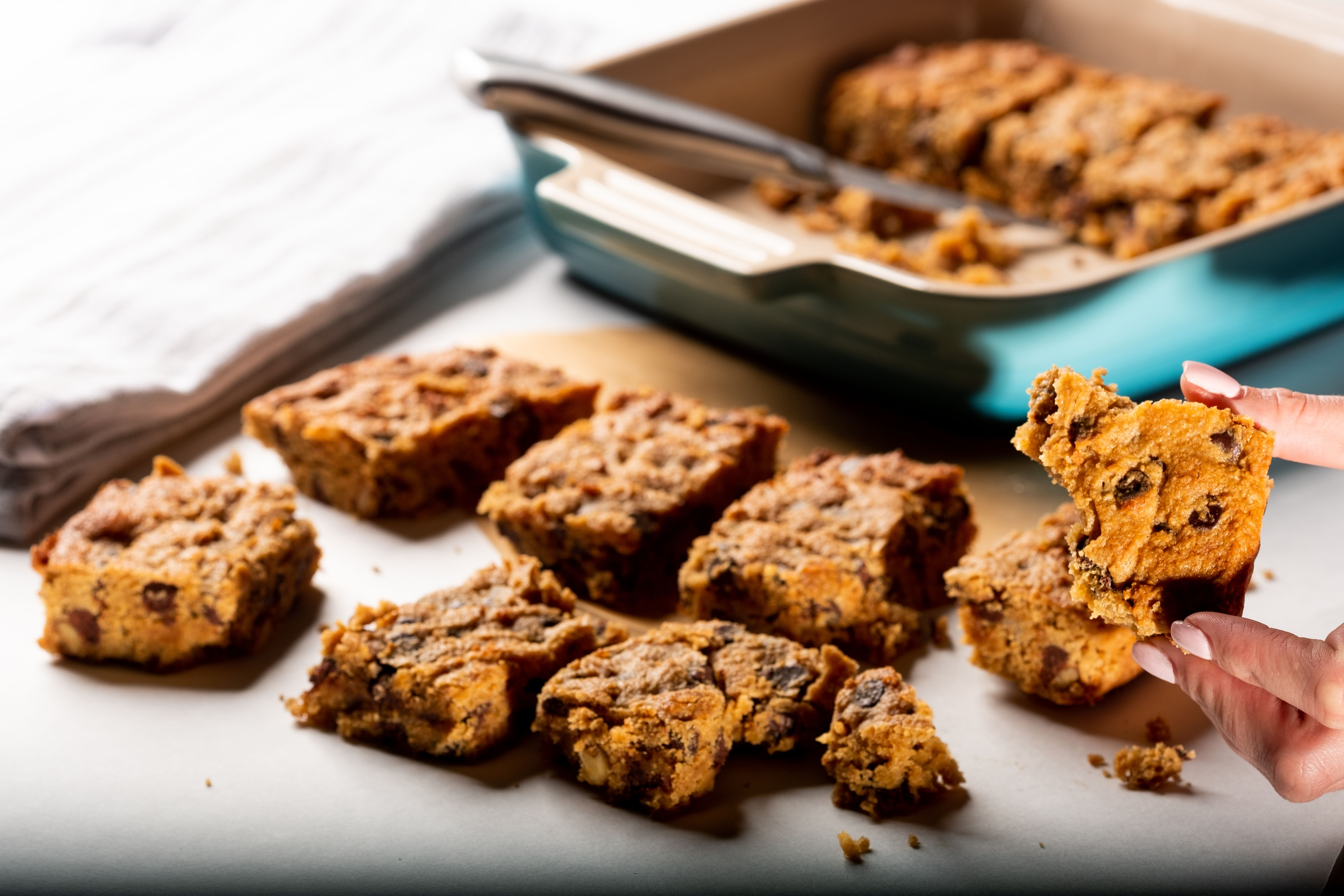 Brown butter blondies with chocolate chips and swerve