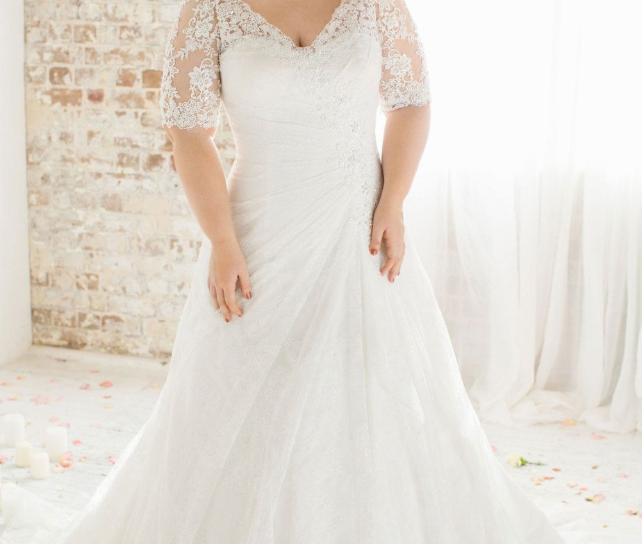 The Best Wedding Dresses For Fat Arms!