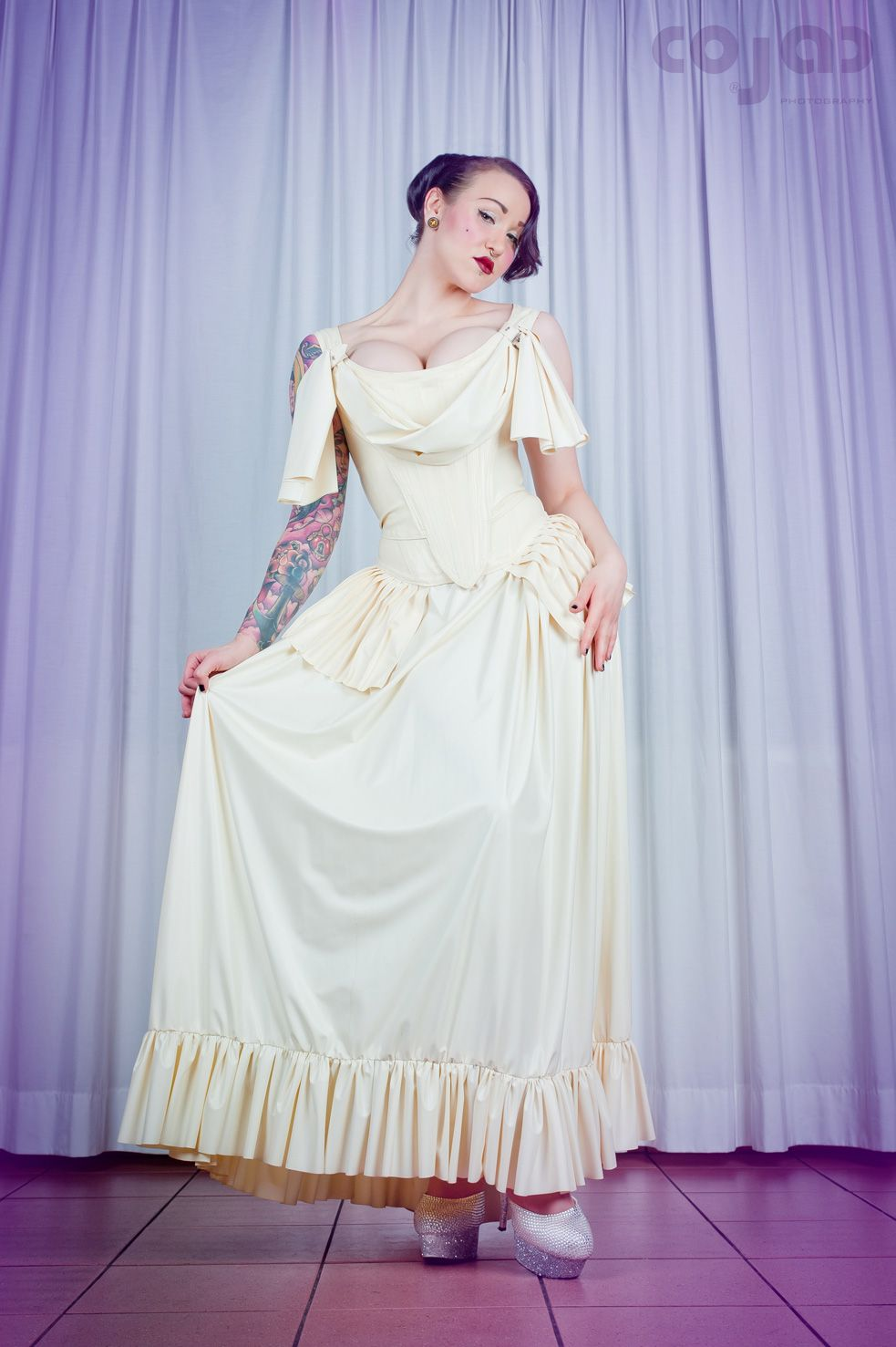 Excepcional Wedding Dress Fetish Bosquejo - Ideas de Estilos de ...