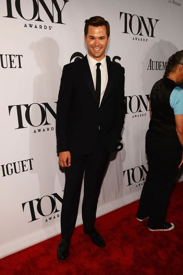 Celebs Hit The Red Carpet At The 2013 Tony Awards