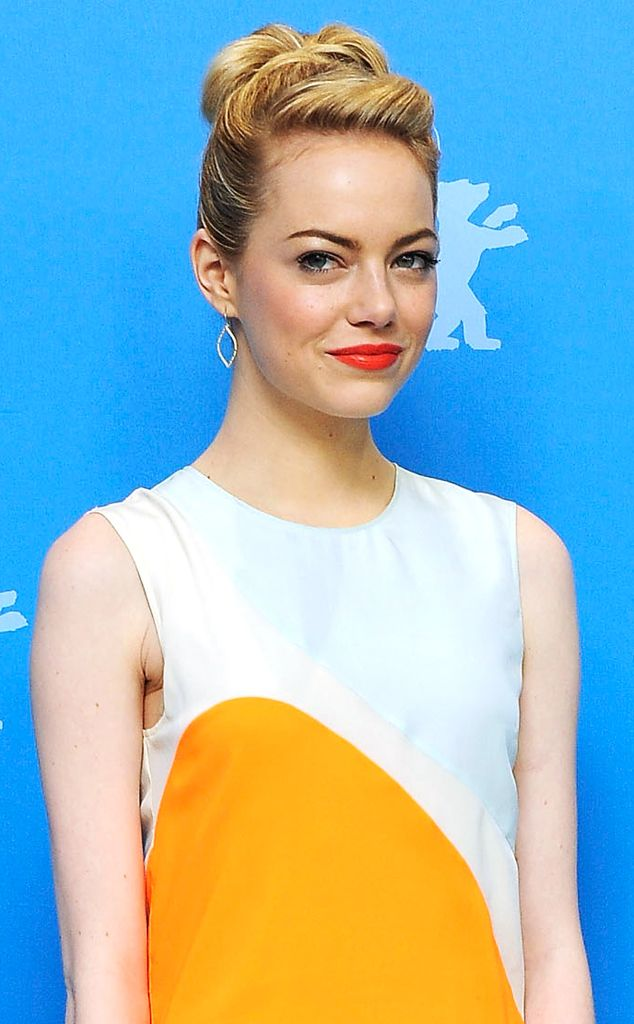 WOW! Emma Stone Nude Pics From Her Cell Phone [Exclusive