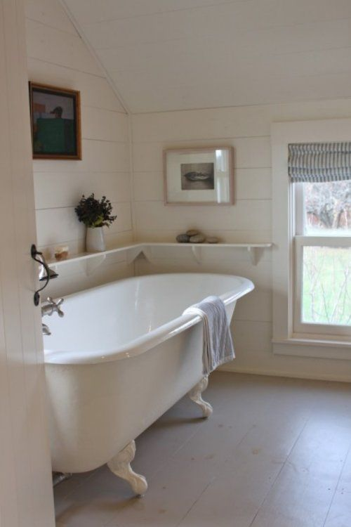 Practical Master Bathroom Ideas: Cool Shelf! Practical For Free-standing Bathtub!
