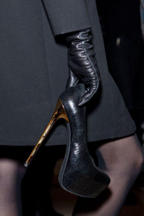 leather fashion ✤   Keep the Glamour   BeStayBeautiful