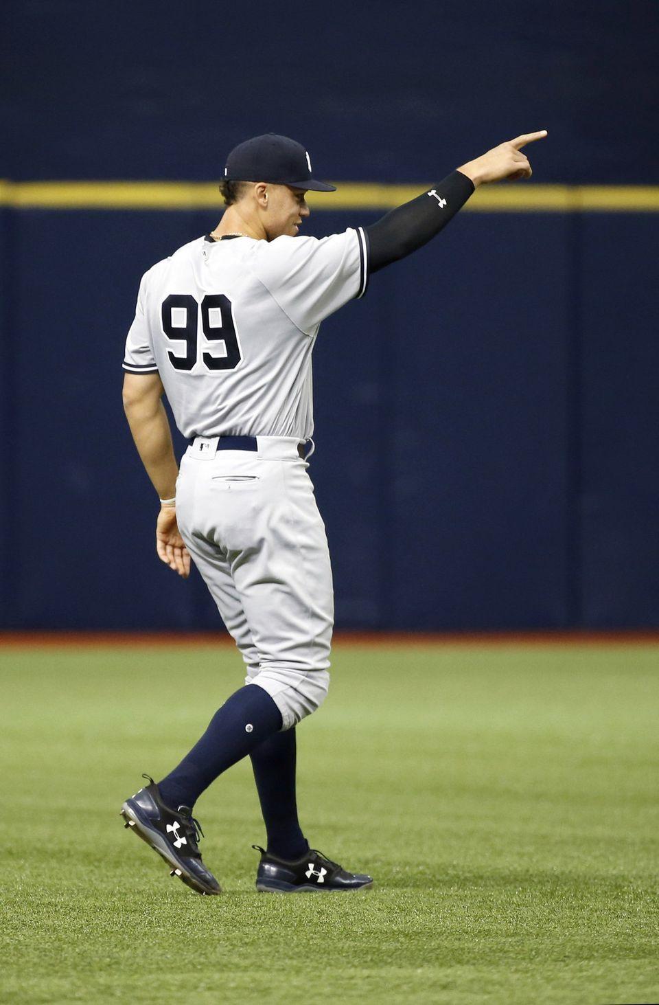 finest selection bf53a e4af4 How Yankees' Aaron Judge is like Derek Jeter to Joe Girardi ...