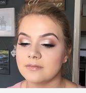 Das Make-up für ihren Abschlussball - #Makeup #Prom Das Make-up für ihren Abschlussball Dieses Bild hat 0 Wiederholungen. Autor: Wedding Makeup Natural #Absc ...