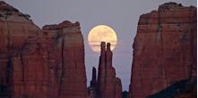 Full moon in beautiful Sedona !!!