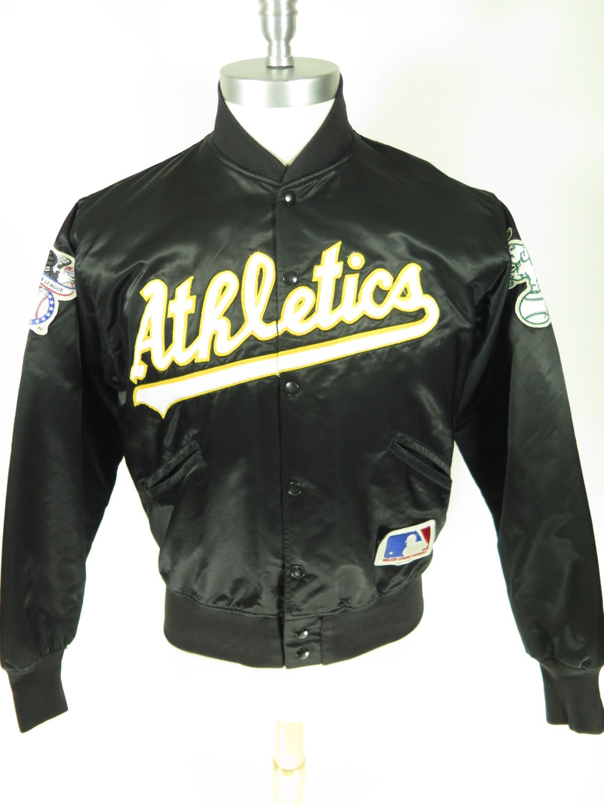 Vintage 70s Felco Athletics American League Mlb Satin Men S Jacket Women Union Made Ie Made By Women For Everyone Find M Vintage Outfits Mens Tops Clothes