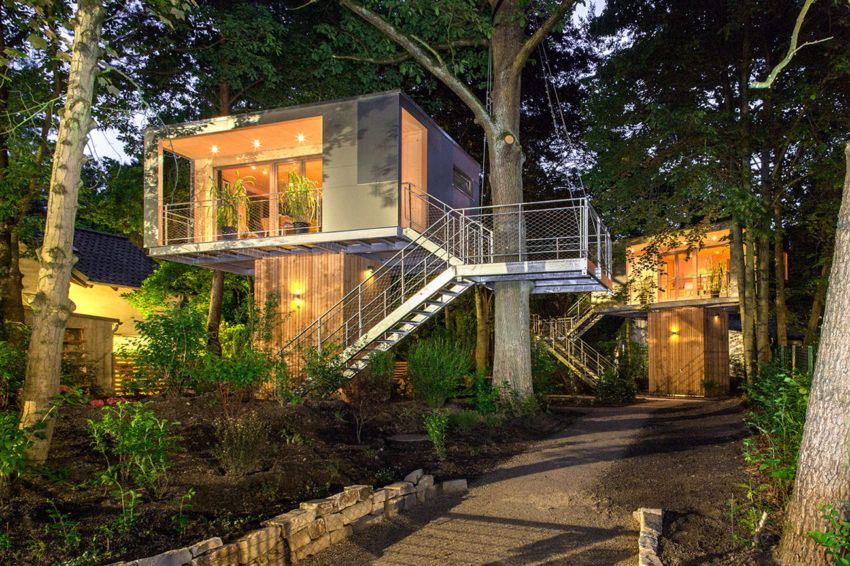 12 Tree House Homes You Should Consider Modern Tree House Tree House Designs Cool Tree Houses