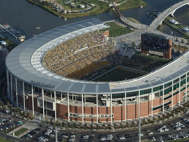 Texas Most Unlikely Tourist Destination Waco Yes Waco Quietly Pushes To Become A Major Getaway Lure Mclane Stadium Baylor Football Baylor