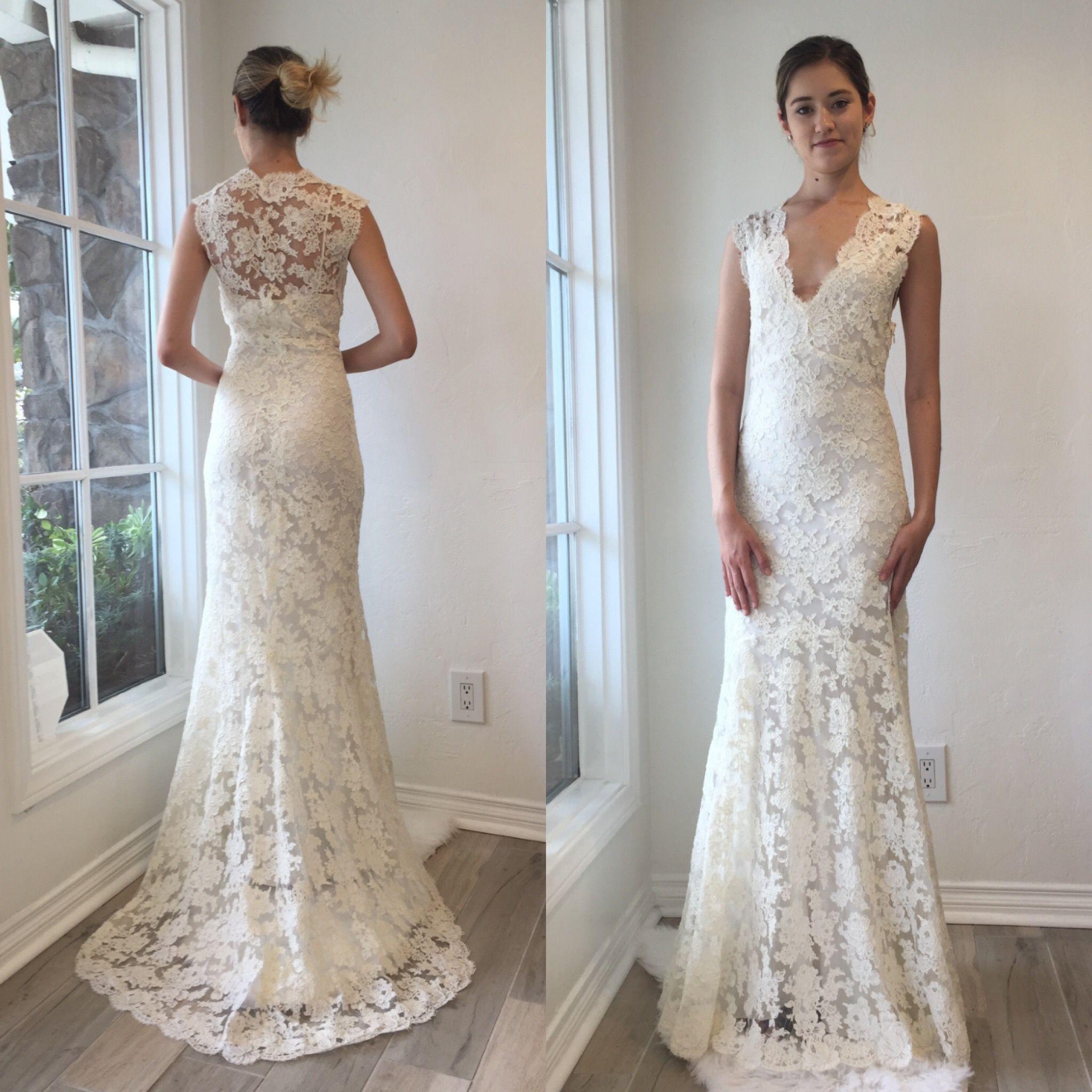 SOLD. Monique Lhuillier sample dress... new markdown $1,000. $1,200 ...